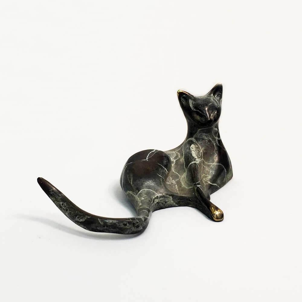 Cat Bronze 5151