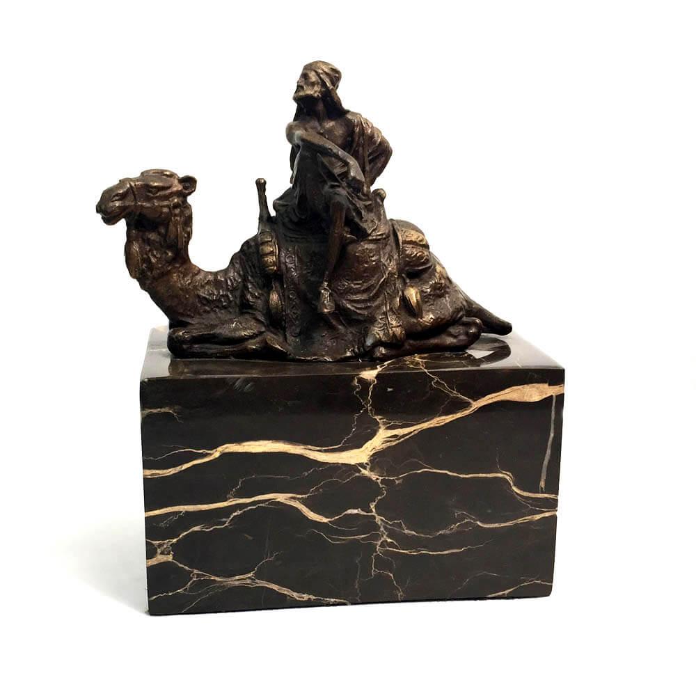 Camel Sitting bronze 5187