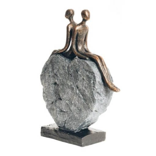 Couple on heart Sculpture