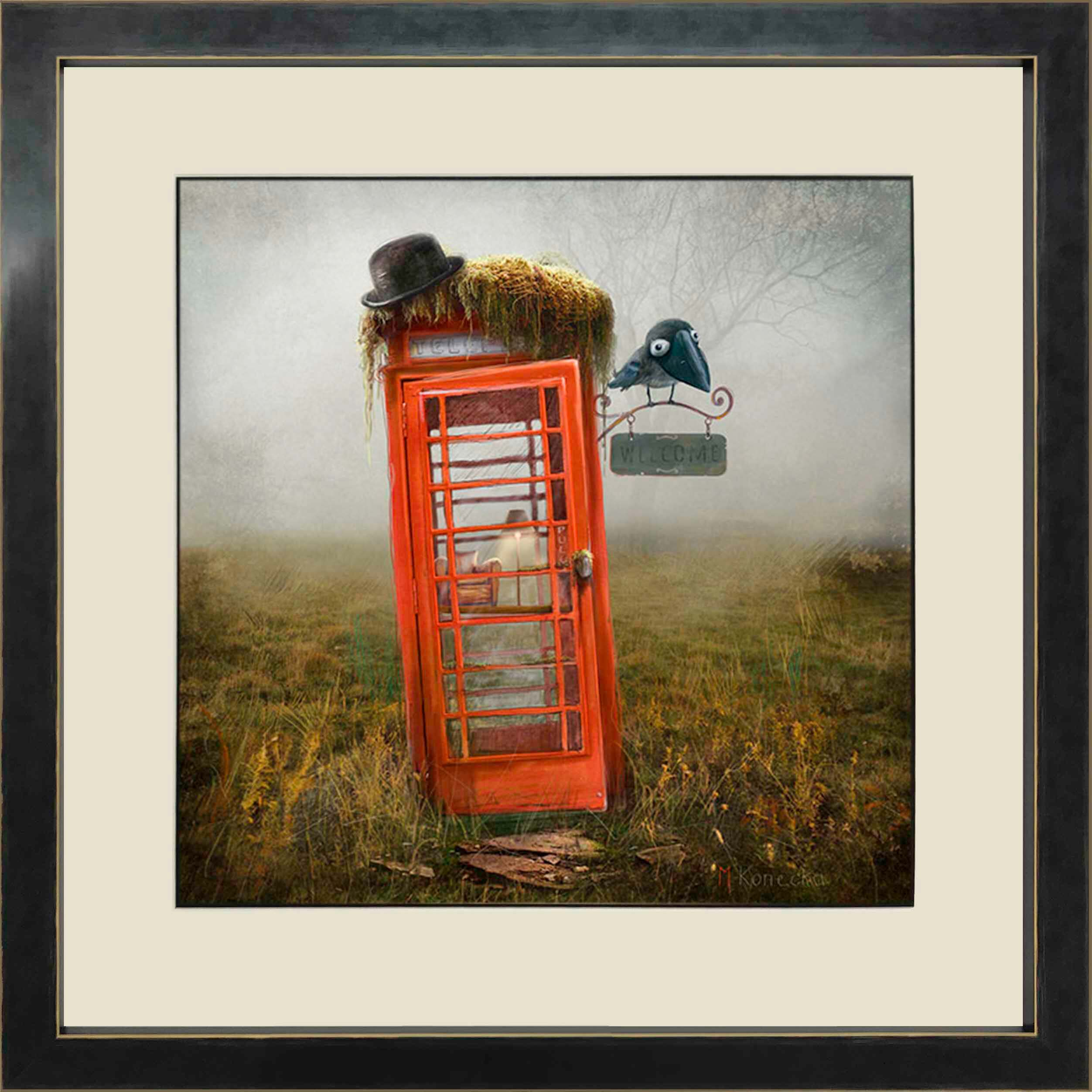 Phonebox Cottage by Matylda Konecka